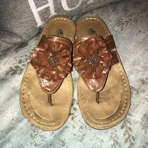 Cliffs charter sandals NWOB Size 9M